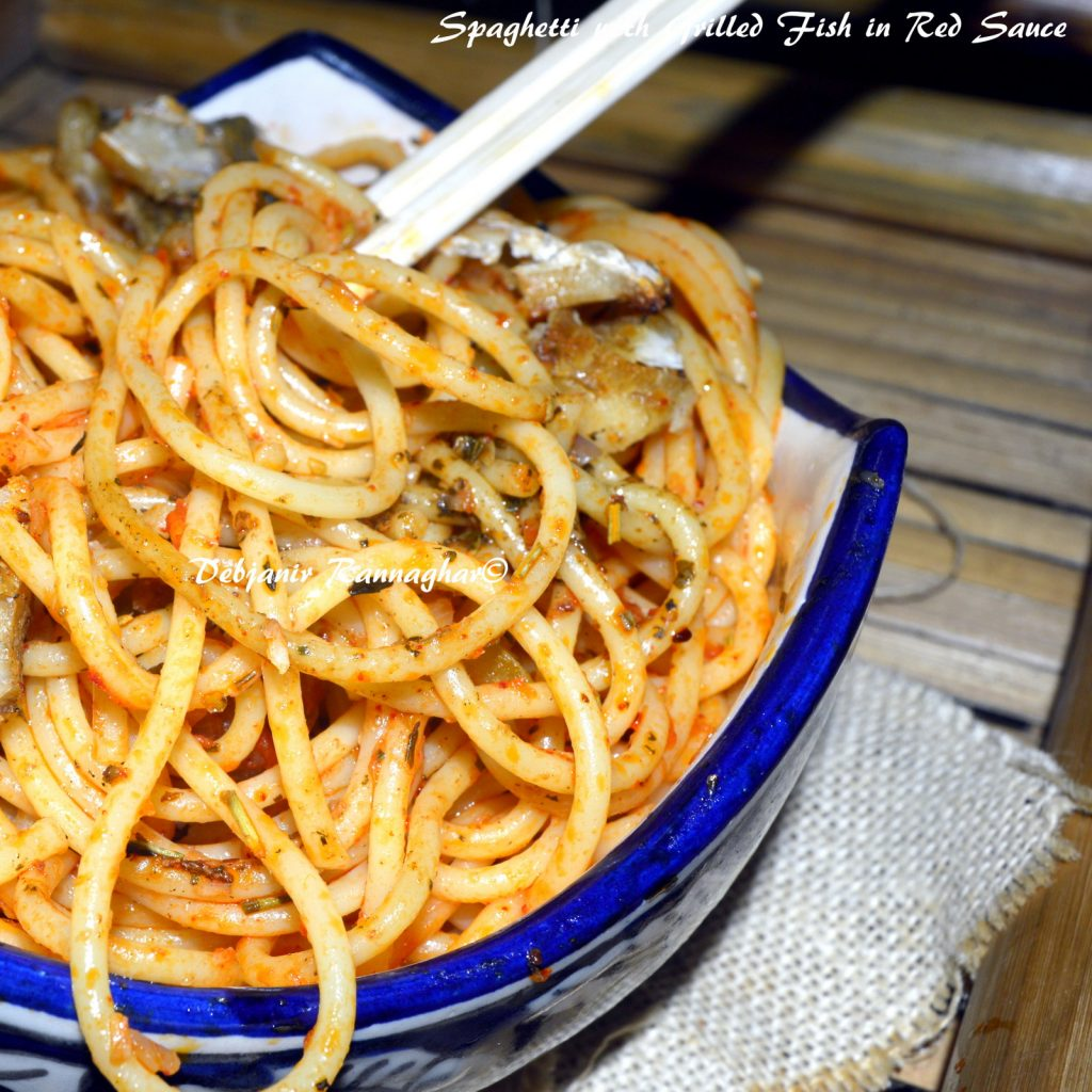 Spaghetti with Grilled Fish in Red Sauce