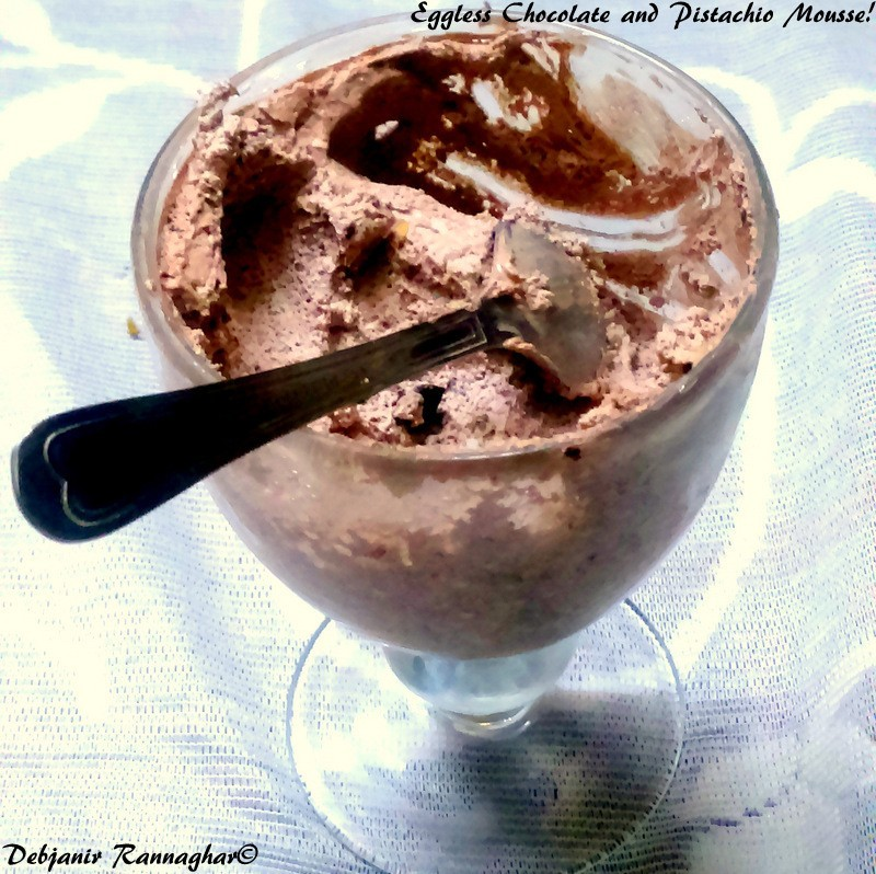 Eggless Chocolate and Pistachio Mousse - Debjanir Rannaghar