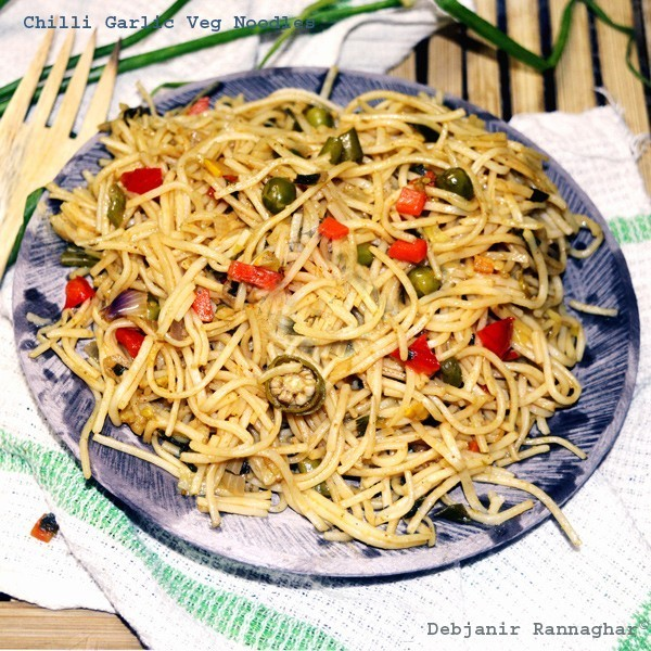Chilli Garlic Veg Noodles
