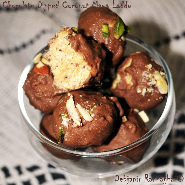 Chocolate dipped Coconut Mawa Laddu | Chocolate dipped Narkel Mawa Naru