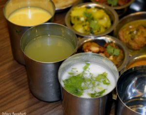%Vegeterian food Khandani Rajdhani