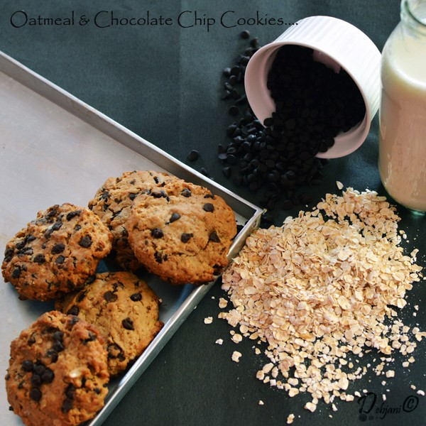 %Easy Oatmeal and Chocolate Chip Cookies