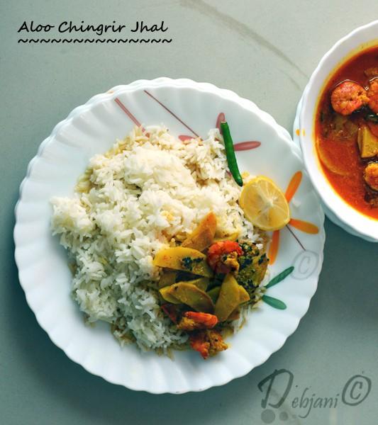 %Bengali Aloo Chingrir Jhal Recipe