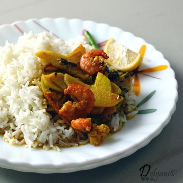 %Chingri Aloor Shorshe bata diye Jhal Recipe bengali