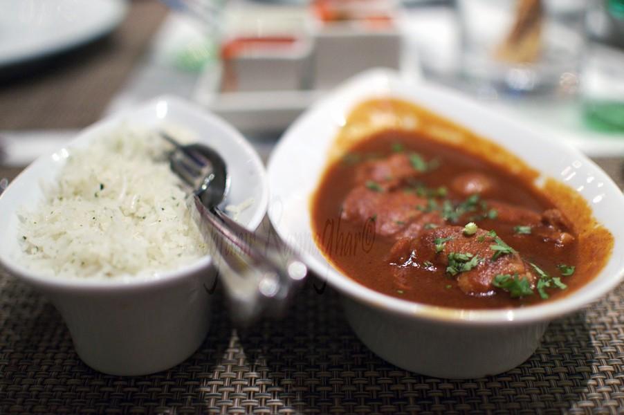 %Kotopoulo Stifado at Souk Taj Bengal