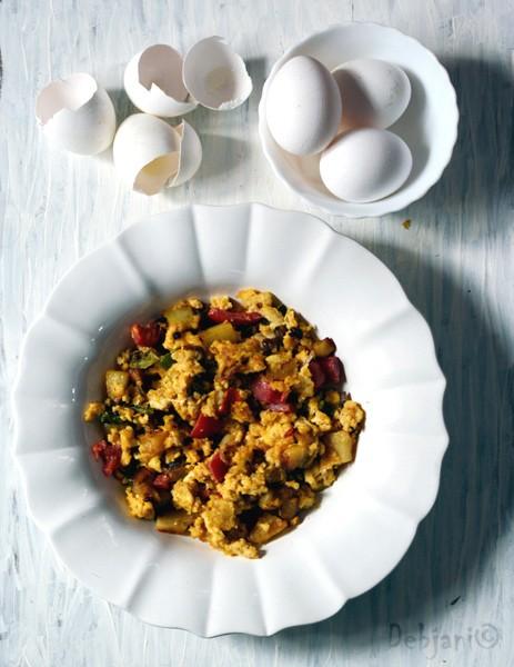 %Veggie scrambled eggs
