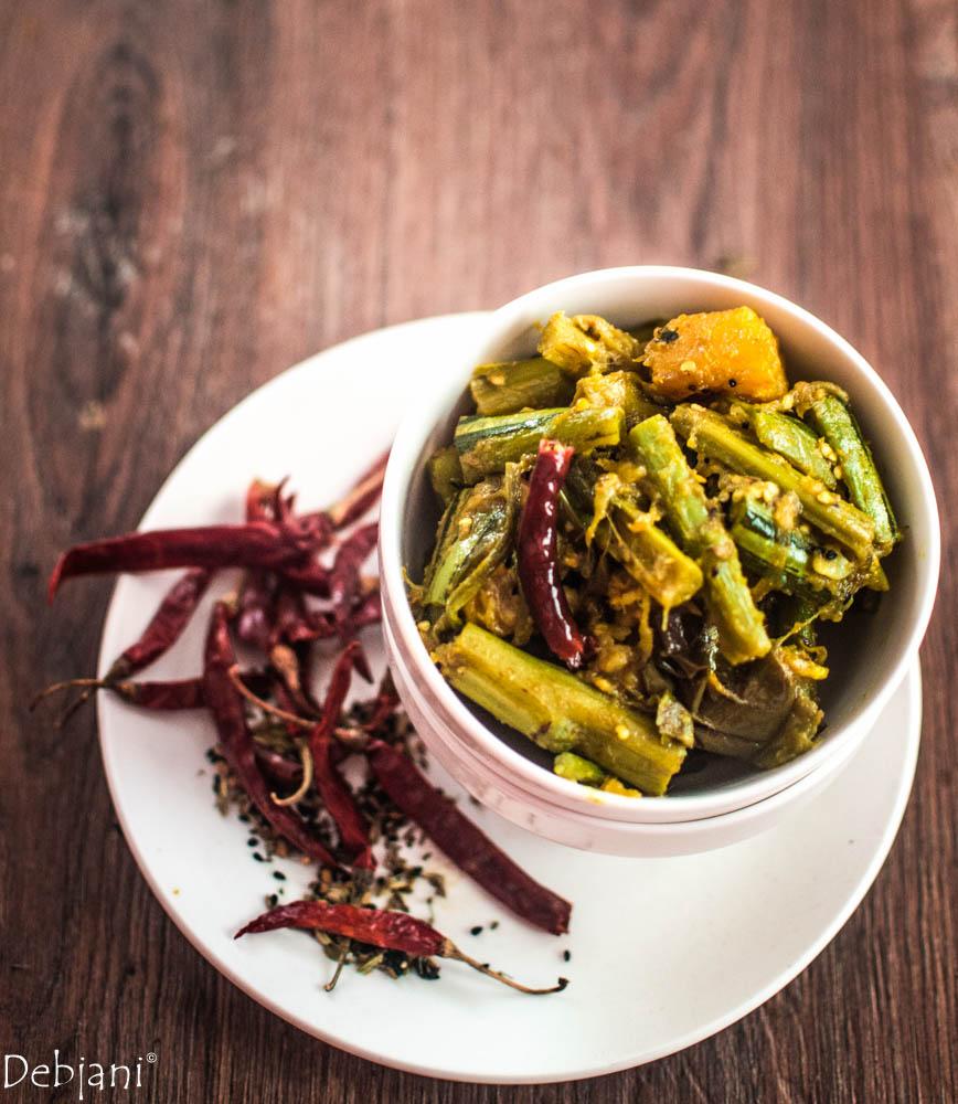 Katoya Data Chorchori | Bengali Style Mix-veg with Drumsticks