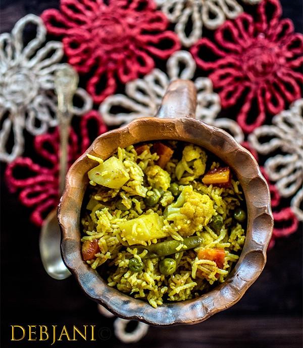 Awadhi Vegetable Tehri (or Tahiri) & our Dinner-time conversation!