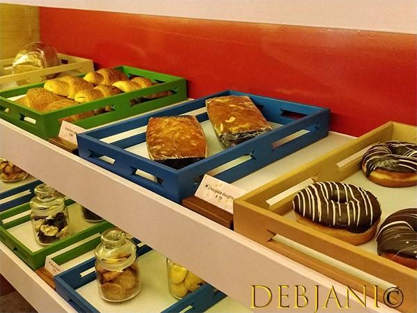 %Deli Pastry Shop