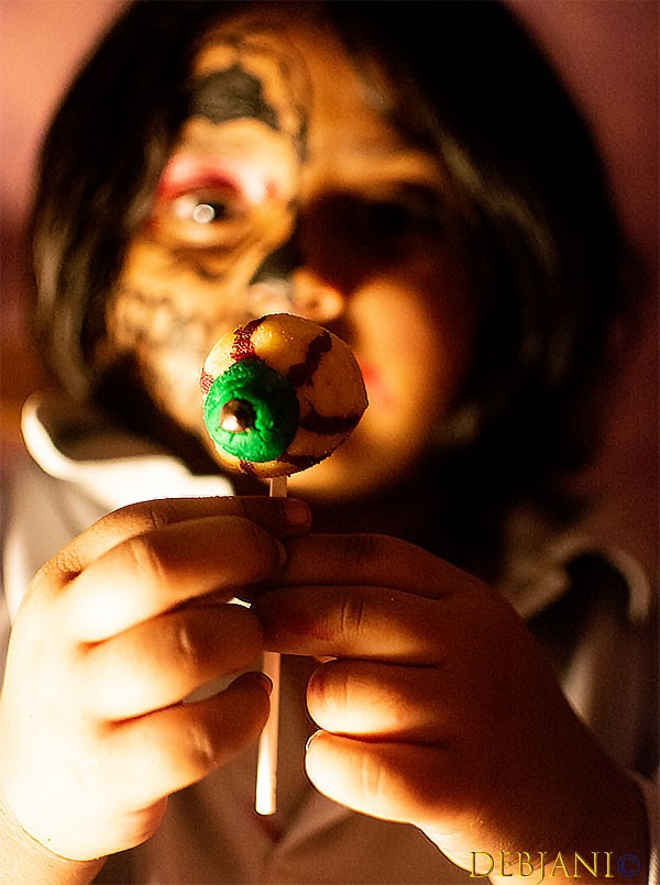 %Halloween Monster eye Cake Pop