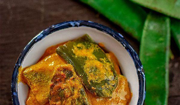 Sheemer Jhal | Bengali Shorshe Sheem | Broad Bean Curry with Mustard Paste