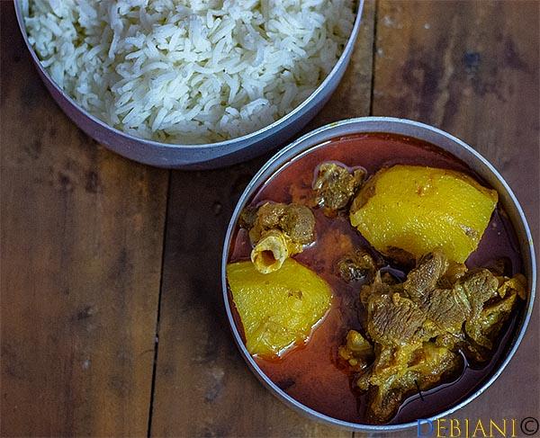 %Bengali Mangshor Jhol Recipe