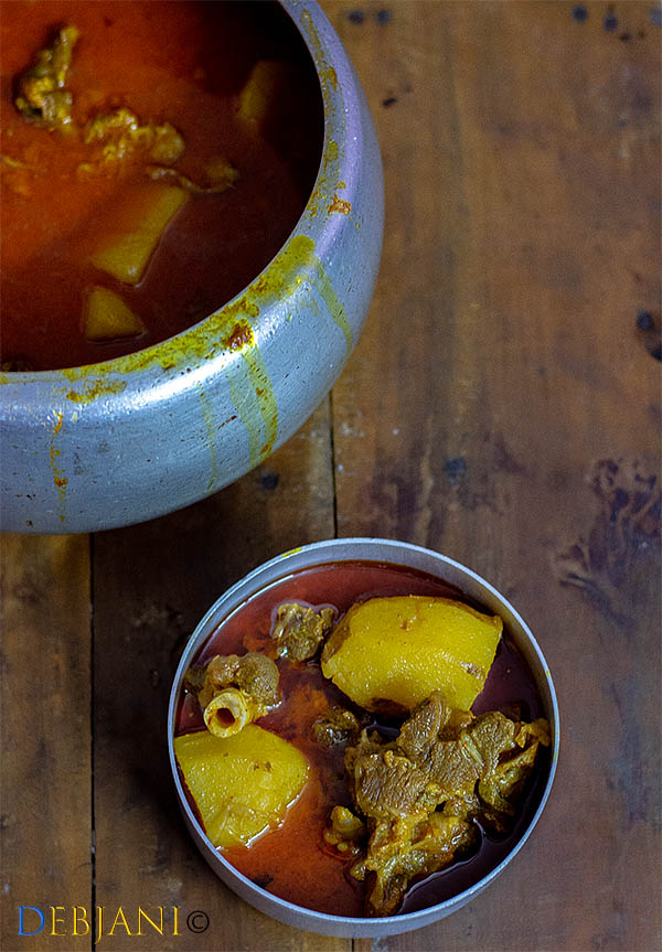 %Bengali Mutton Curry Mangshor Jhol Recipe