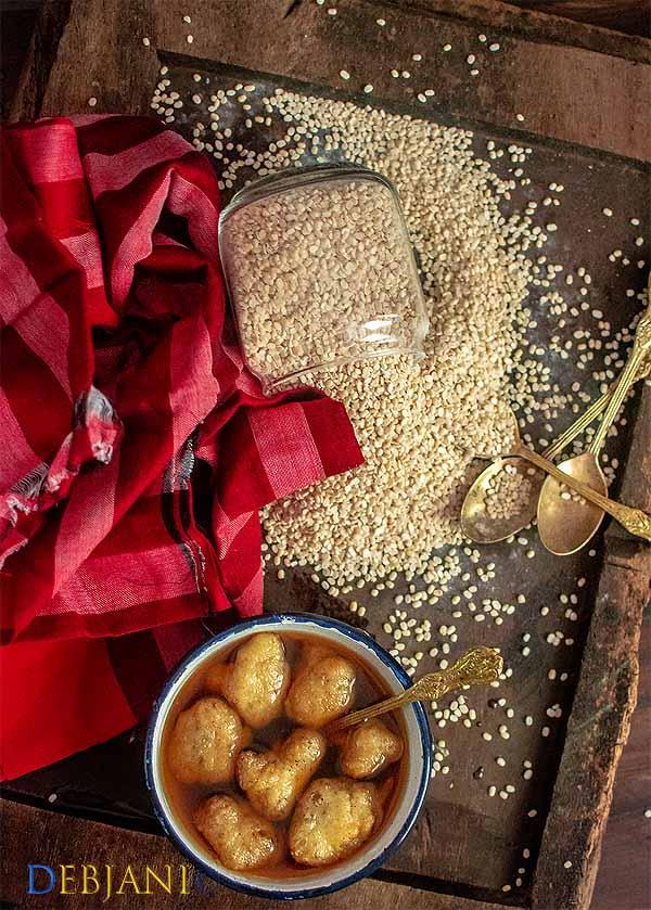 %Bengali Rosh Bora Recipe