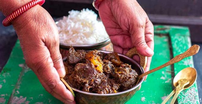 Bengali Mete Chorchori (Mutton Liver side with Potato chunks)