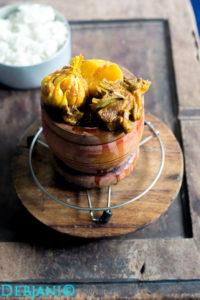 %Bengali Mutton Curry Recipe with Garlic Pod