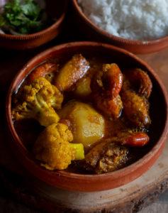 %Bengali Prawn Curry with Cauliflower and potato Recipe Debjanir Rannaghar