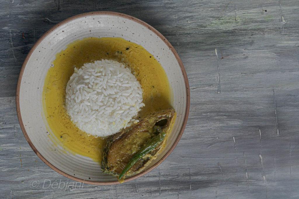 %bengali doodh ilish curry recipe debjanir rannaghar
